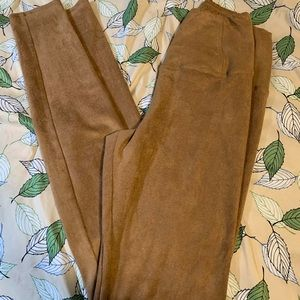 3 for $70: Wilfred Free Camel Leggings Size Small